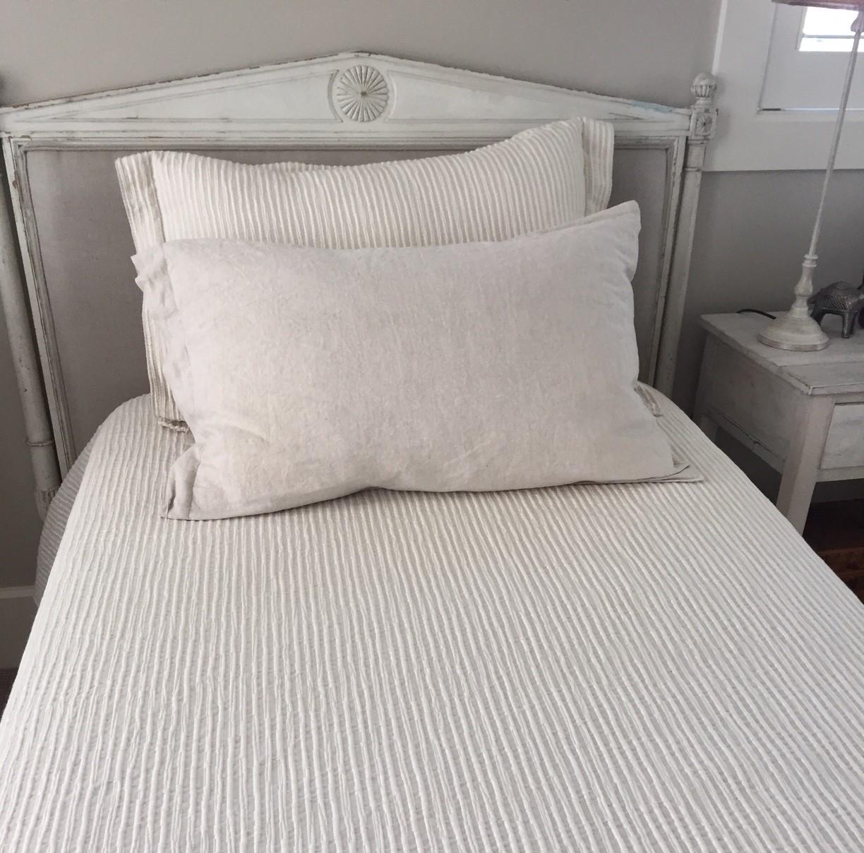 Alicante Egyptian Cotton Bedspread 2 Sizes Queen & King