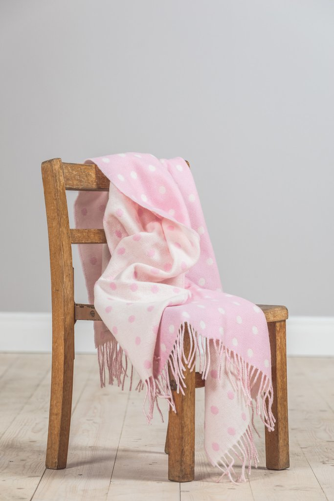 Baby Pink Spot Lambswool Throw 75x100cm