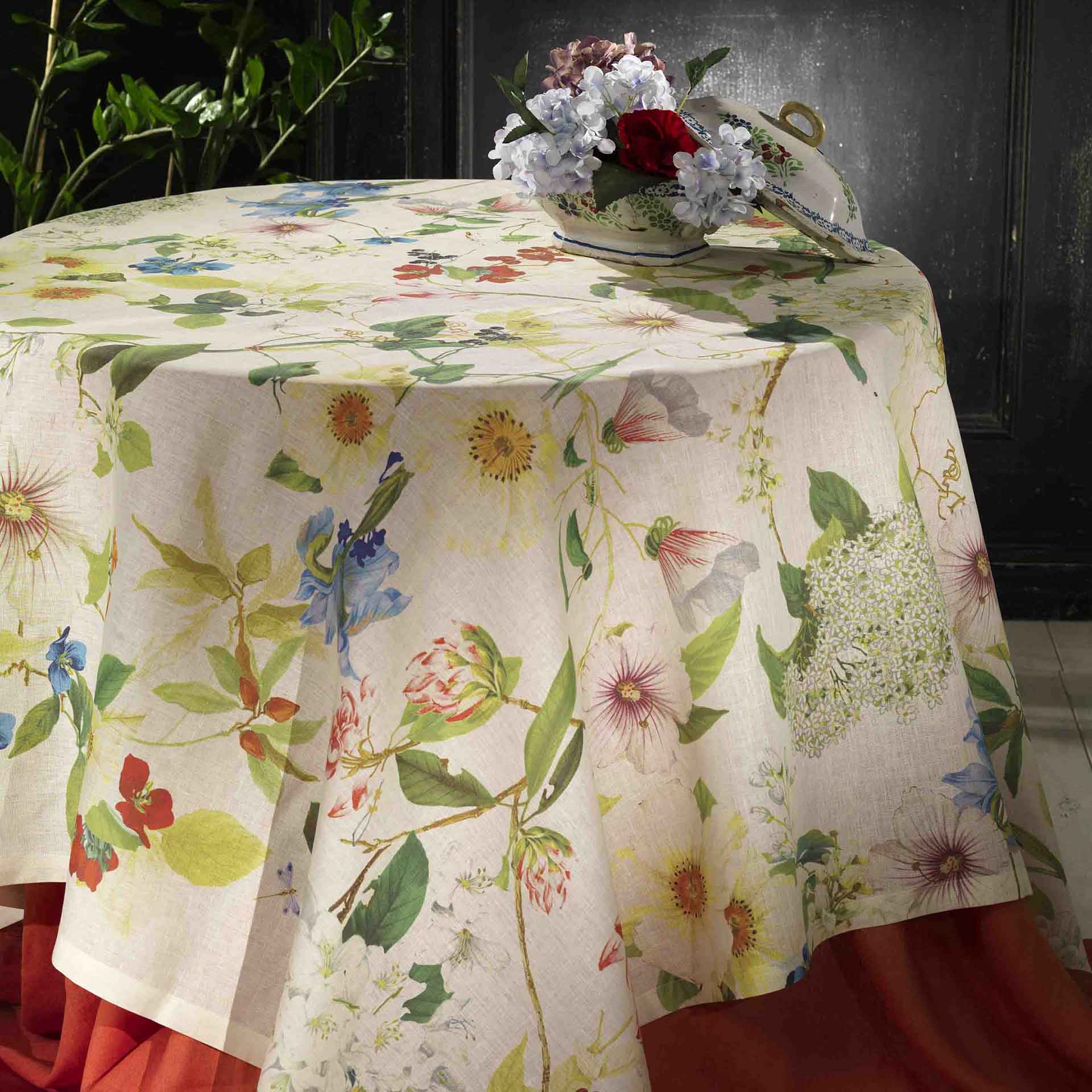 Ibisco Linen Tablecloth Sizes 170x170cm, 160x230cm, 170x270cm, 170x310cm, 170cm Round