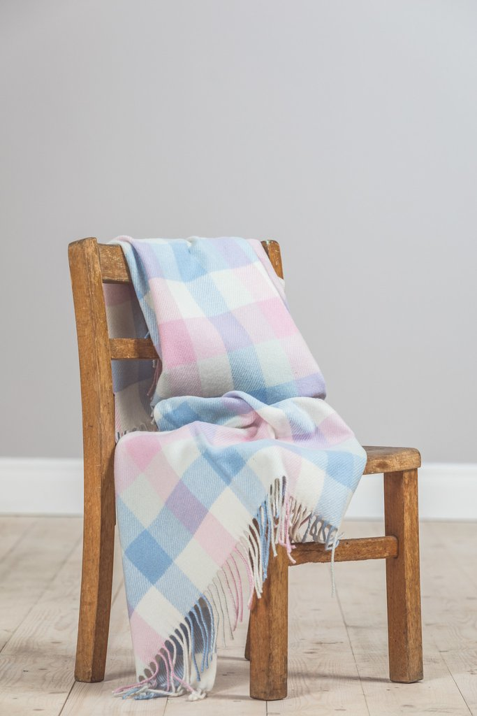 Baby Pink/Blue check Lambswool Throw 75x100cm